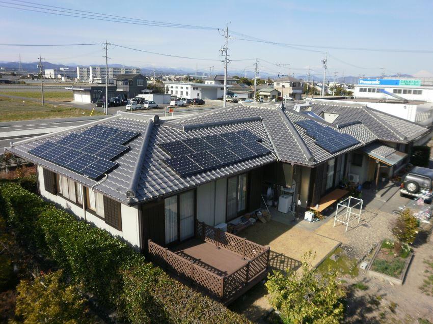 太陽光発電_寄棟屋根1