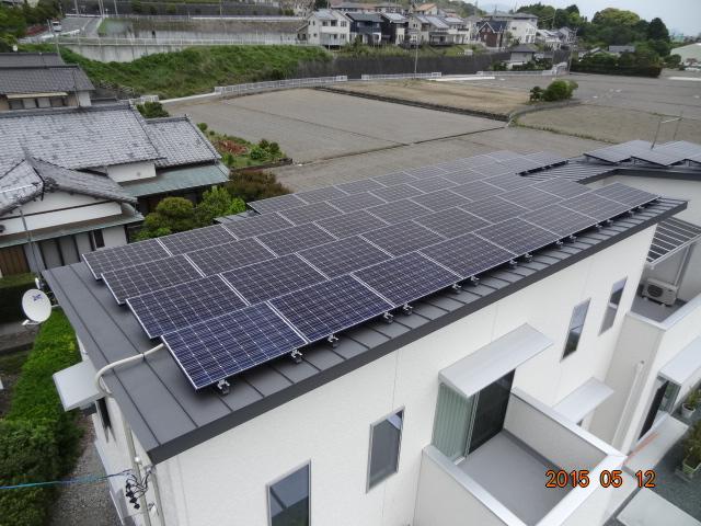 太陽光発電_切妻屋根1