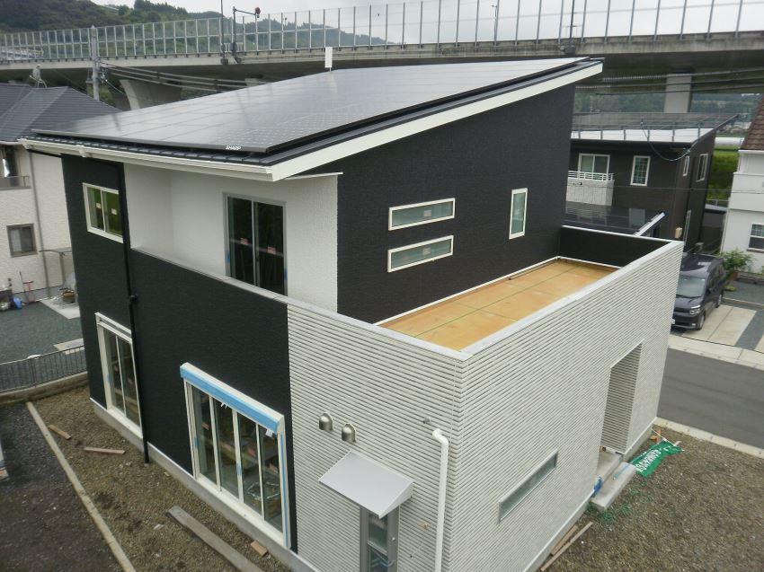 太陽光発電_切妻屋根9