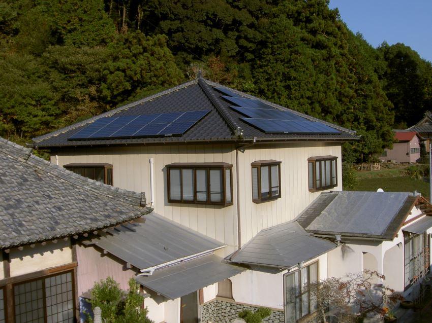 太陽光発電_寄棟屋根12