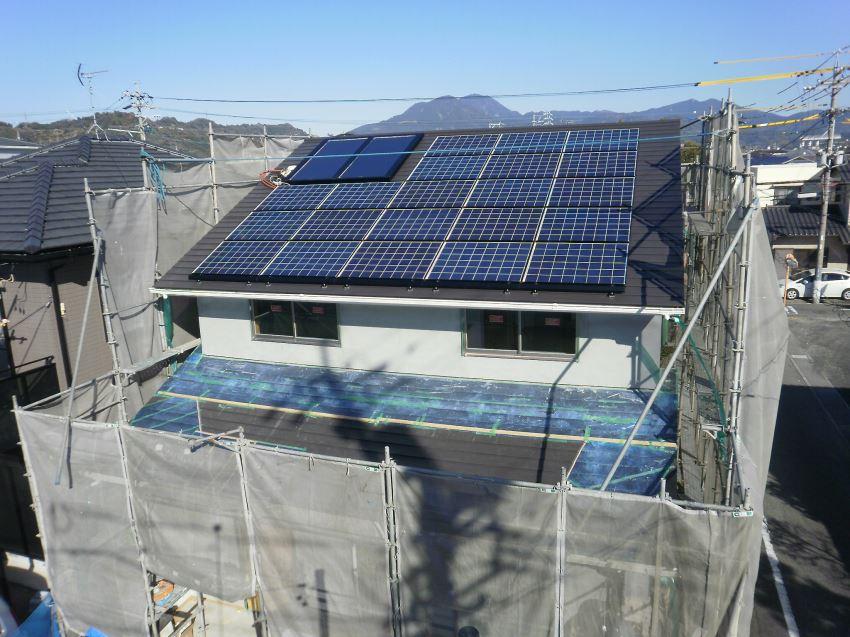 太陽光発電_切妻屋根42