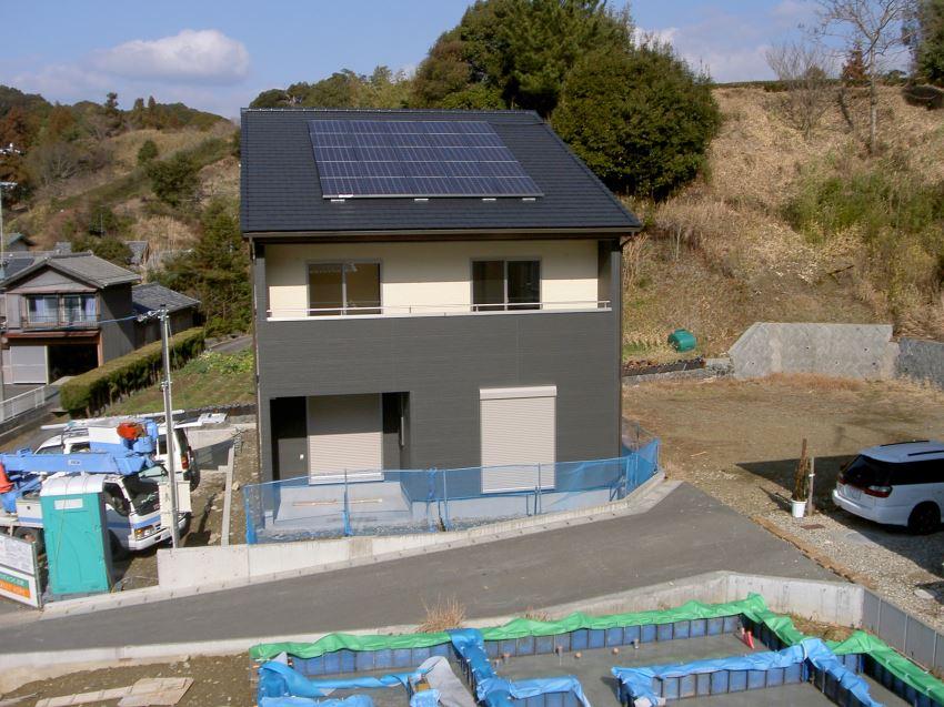 太陽光発電_切妻屋根48