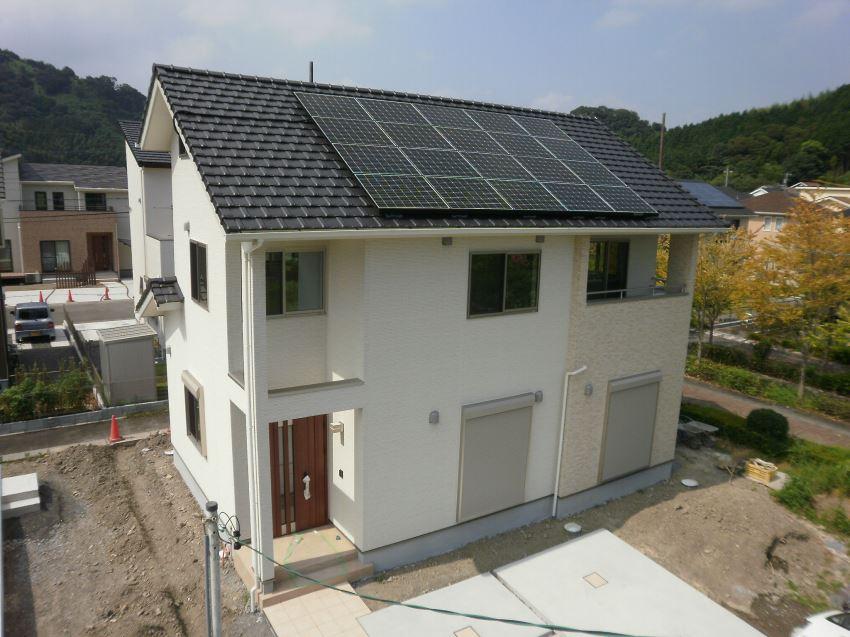 太陽光発電_切妻屋根50