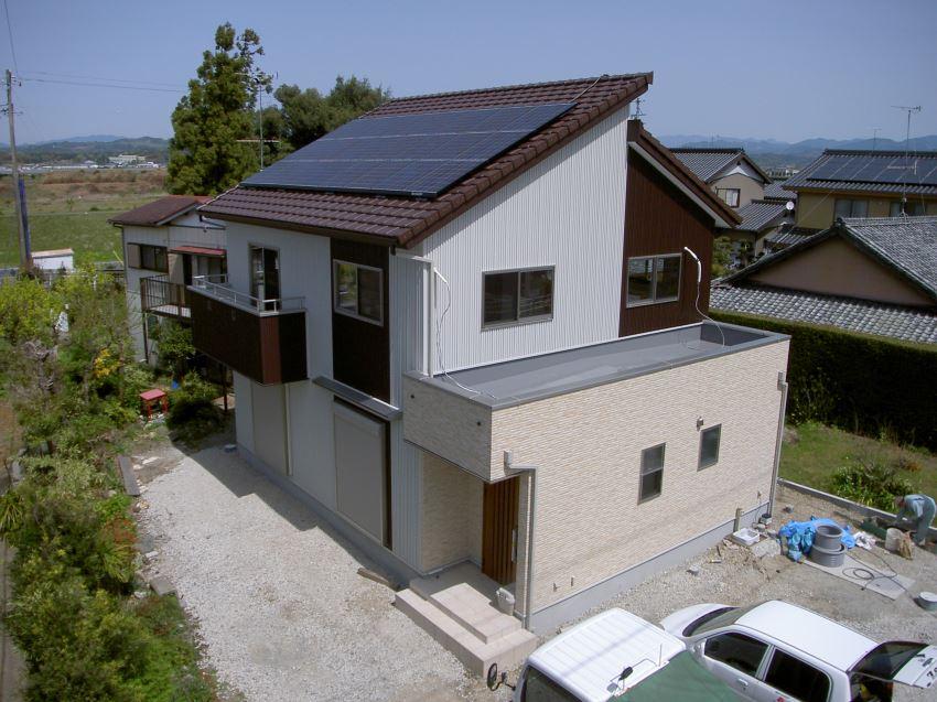 太陽光発電_切妻屋根56