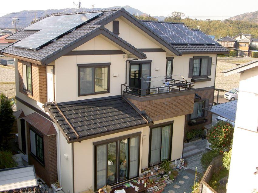 太陽光発電_切妻屋根75