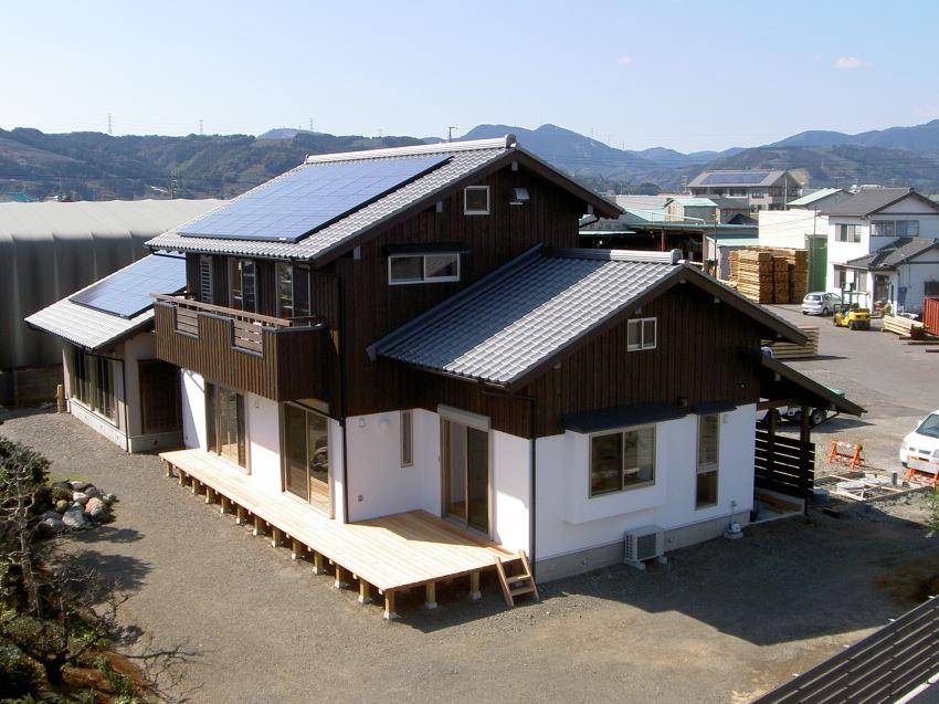 太陽光発電_切妻屋根94