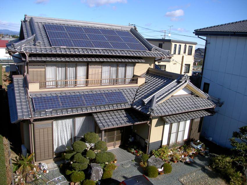太陽光発電_切妻屋根103