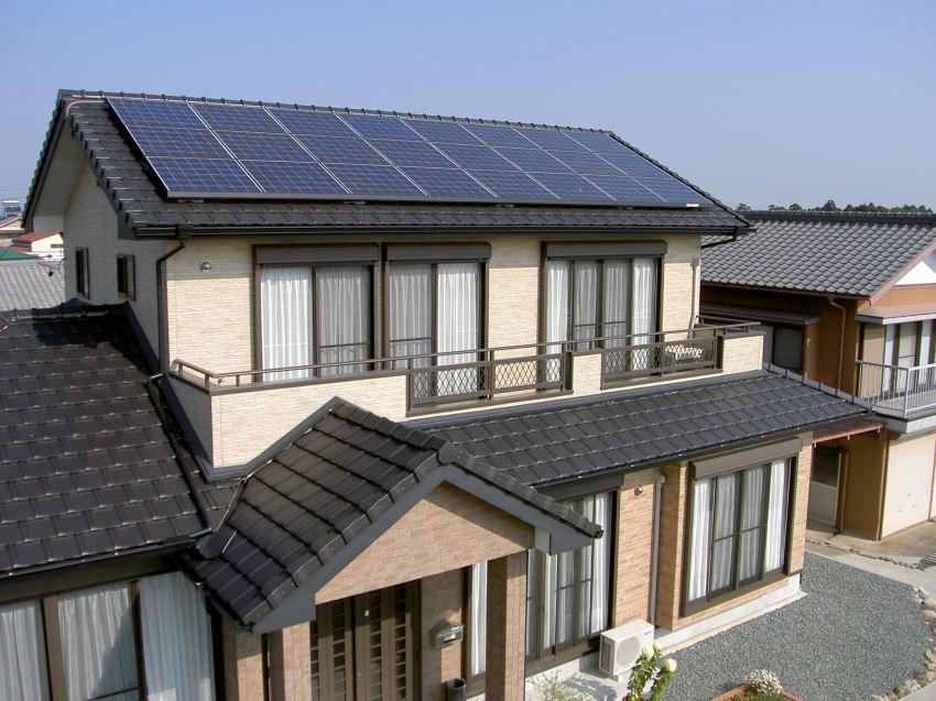 太陽光発電_切妻屋根106