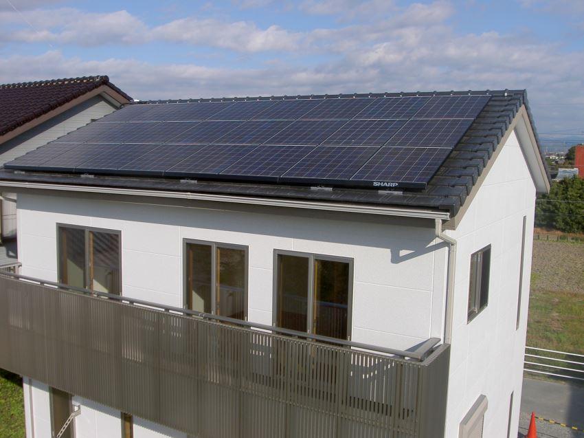 太陽光発電_切妻屋根108