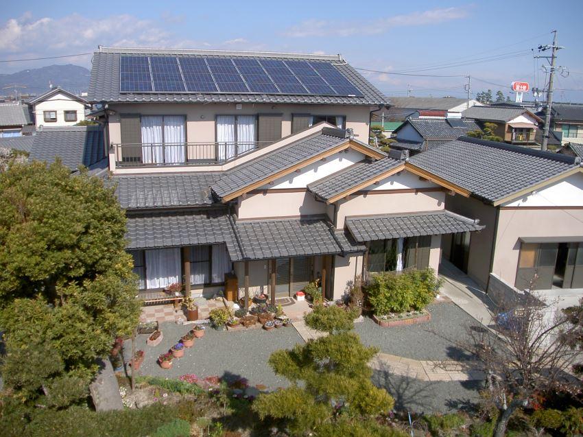 太陽光発電_切妻屋根112